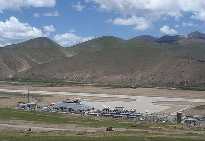 Аэропорт Чамдо в Китае